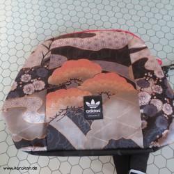 Vintage Adidas Asia...