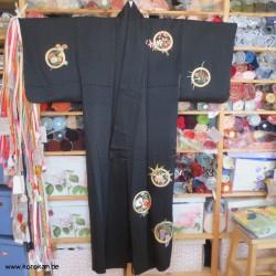 schwarzer Seiden Kimono mit...