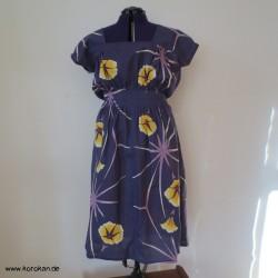 tailliertes Trägerkleid aus...