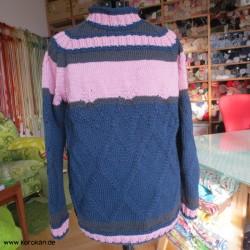 Pullover aus reiner Wolle...