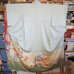 Seiden Homongi mit Kimonos...
