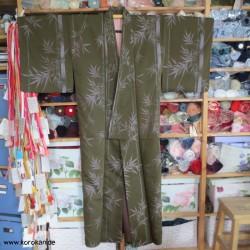 Komon Kimono mit gewebtem...