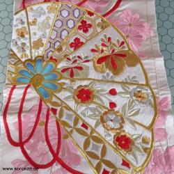 üppige Kimono Seiden...