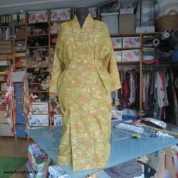 Wickelkleid aus Hitoe...